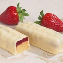 strawberry cheesecake protein bar keto